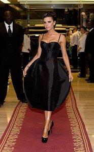 Victoria Beckham in Dolce & Gabana space tulip.